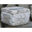 Pilozzo scolpito nella pietra bellissimo