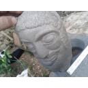 Un santo scolpito nella pietra dura