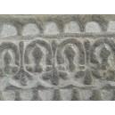 greca etrusca replica  scolpita nella pietra